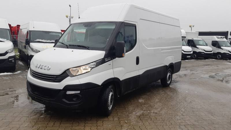 Iveco Daily 35S16 Furgon Euro 5 2017 65433km automat