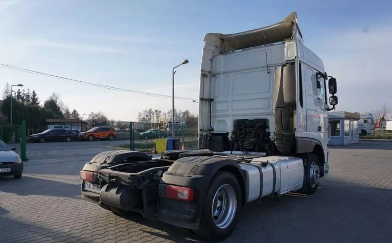 DAF XF 106.460 Euro 6 Low Deck 2015 573 000km